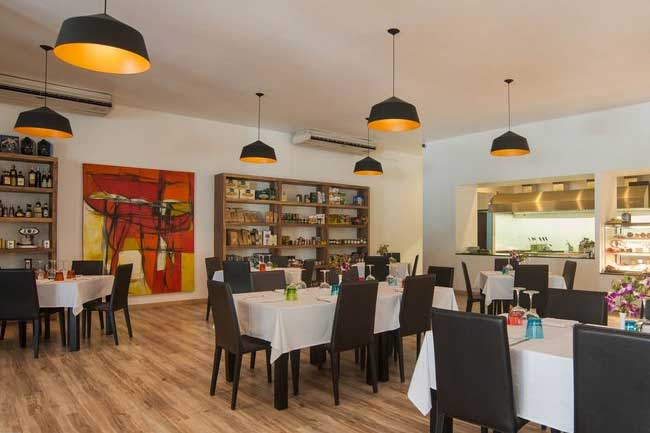 Bocconcino Italian Restaurant Pastry And Bakery Phuket Interior 650px 11