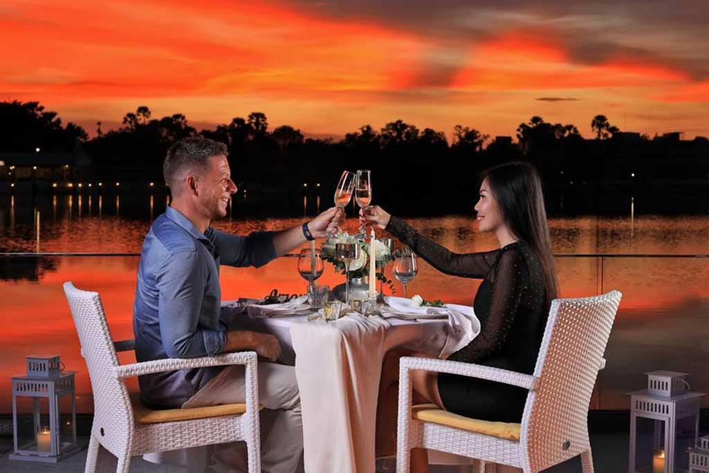 Bocconcino Italian Restaurant Boat Evenue Phuket Thailand 6